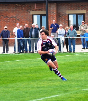 Tom Harrison scored two tries in 31-13 defeat of Dinnington