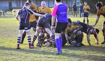 SCARBOROUGH WIN RUCK BALL AT WATH